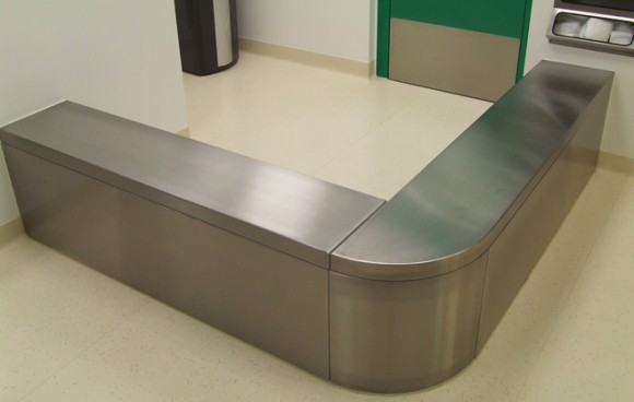 Laboratory Amp Cleanroom Furniture Docklands Systems Ltd